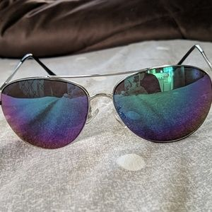 5e6ef81c6c GAP Aviator sunglasses